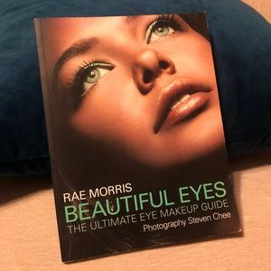"Coffee Table Book ""Beautiful Eyes"""